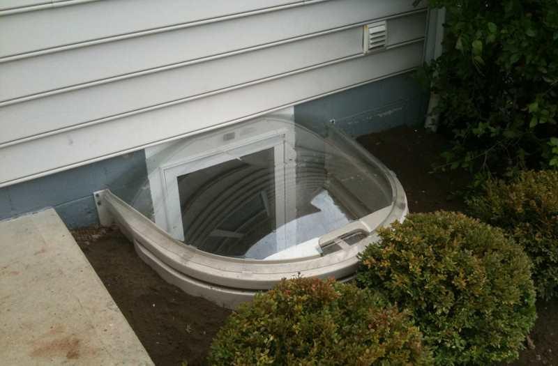 glass metal basement window pane replacement replace basement window